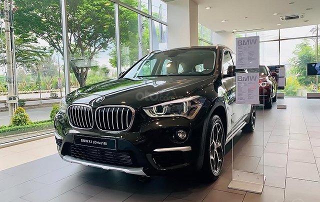 Cần bán xe BMW X1 sDrive18i sản xuất năm 2018, màu nâu, xe nhập0