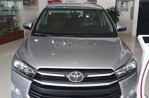 Bán Toyota Innova 2.0E 2019, màu bạc1