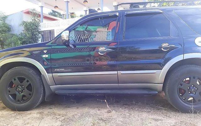 Cần bán xe Ford Escape XLT 3.0 AT 2005, màu đen1