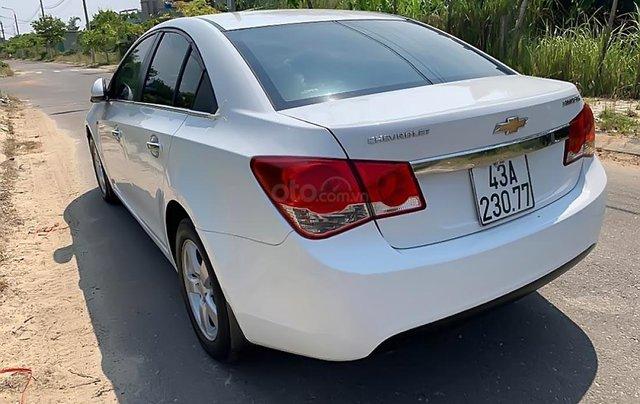 Cần bán lại xe Chevrolet Cruze 1.6 đời 2011, màu trắng 1