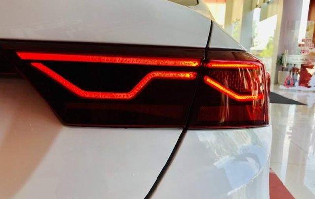 Bán Kia Cerato năm sản xuất 2019, giá chỉ 635 triệu3