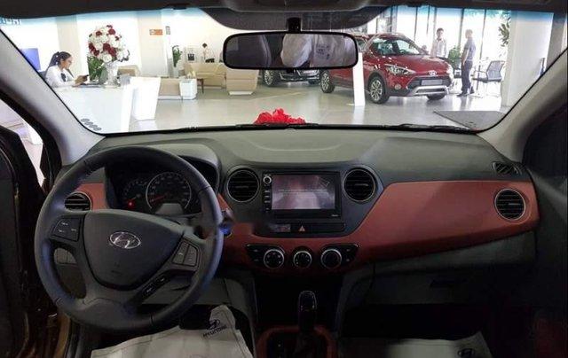 Bán xe Hyundai Grand i10 năm 2019, màu trắng4