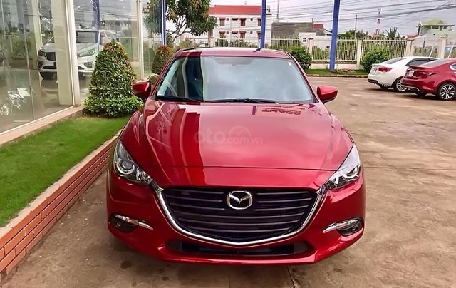 Bán Mazda 3 1.5 AT sản xuất năm 2019, màu đỏ, 639 triệu0
