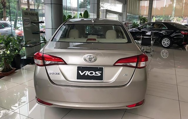 Bán Toyota Vios 1.5E CVT năm 2019, màu vàng, giá cạnh tranh1