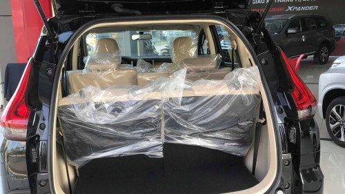 Bán xe Mitsubishi Xpander 1.5L AT đời 2019, màu đen, nhập khẩu5