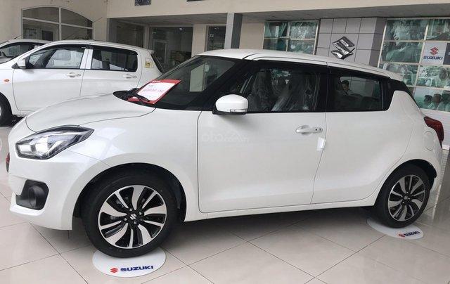 Cần bán Suzuki Swift 2019, màu trắng, nhập khẩu Thái1
