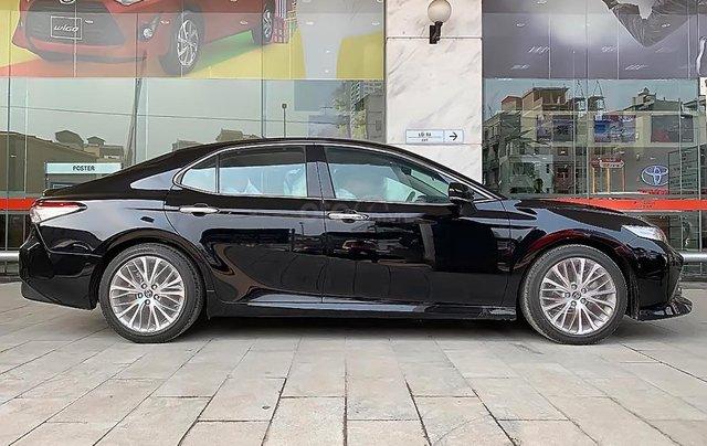 Bán Toyota Camry đời 2019, màu đen, nhập khẩu nguyên chiếc0