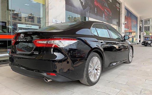 Bán Toyota Camry đời 2019, màu đen, nhập khẩu nguyên chiếc1