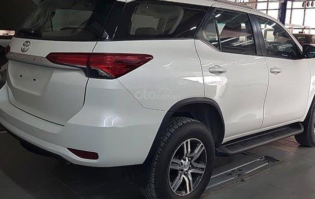 Bán ô tô Toyota Fortuner 2.4G 4x2 MT sản xuất năm 2019, màu trắng, nhập khẩu nguyên chiếc1