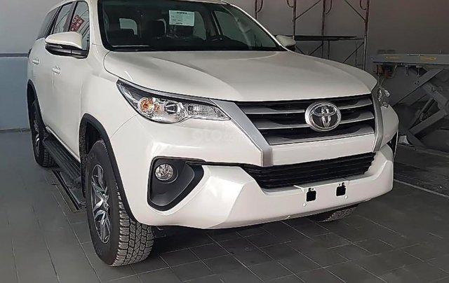 Bán ô tô Toyota Fortuner 2.4G 4x2 MT sản xuất năm 2019, màu trắng, nhập khẩu nguyên chiếc0