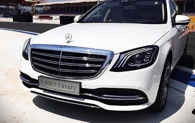 Bán xe Mercedes S450L Luxury sản xuất 2019, màu trắng0