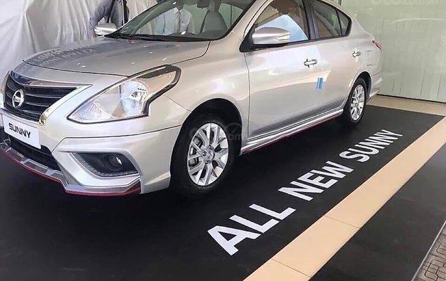 Bán Nissan Sunny XT Premium đời 2019, màu bạc, giá cạnh tranh1
