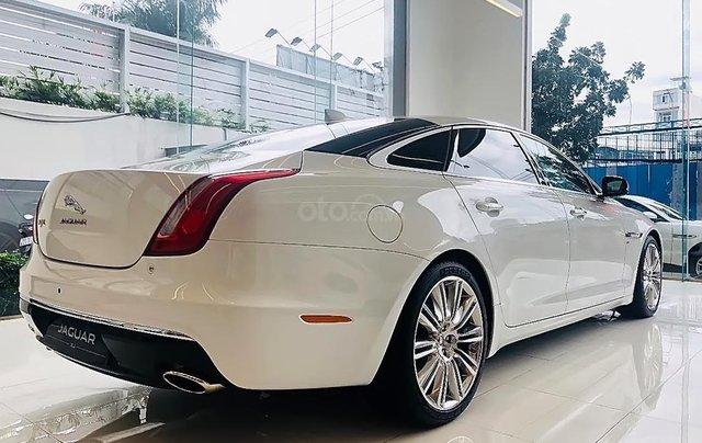 Cần bán Jaguar XJ Porfolio năm 2019, màu trắng, nhập khẩu1