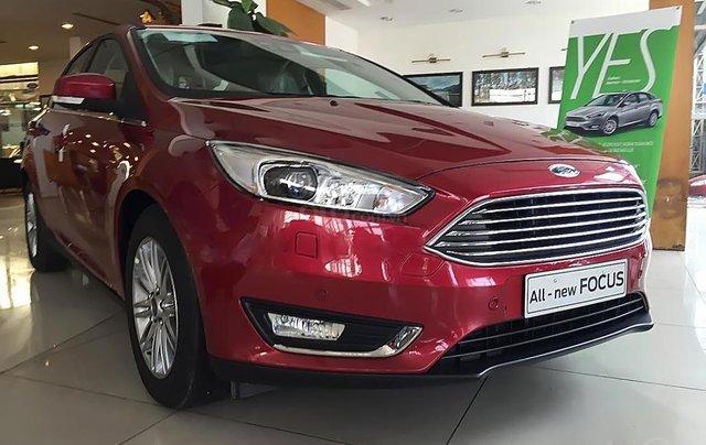 Cần bán xe Ford Focus Trend 1.5L 2019, màu đỏ1