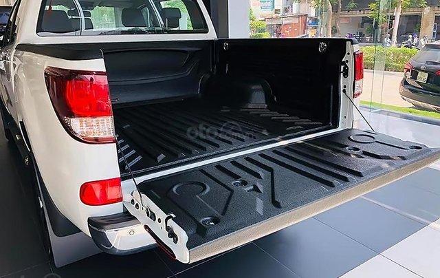Bán xe Mazda BT 50 2.2L 4x2 ATH sản xuất 2018, màu trắng, mới 100% 4