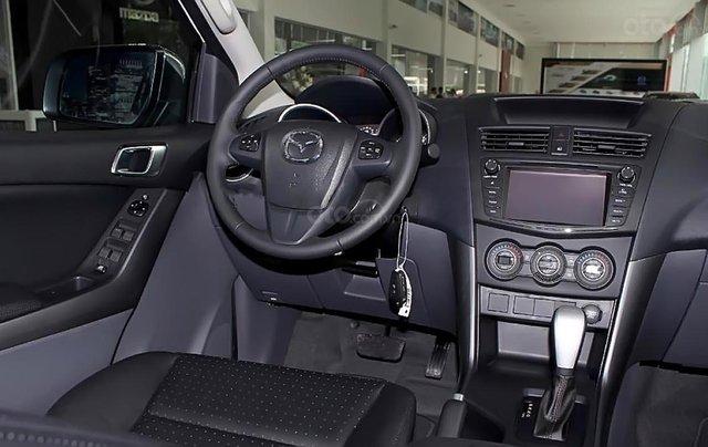 Bán xe Mazda BT 50 2.2L 4x2 ATH sản xuất 2018, màu trắng, mới 100% 2