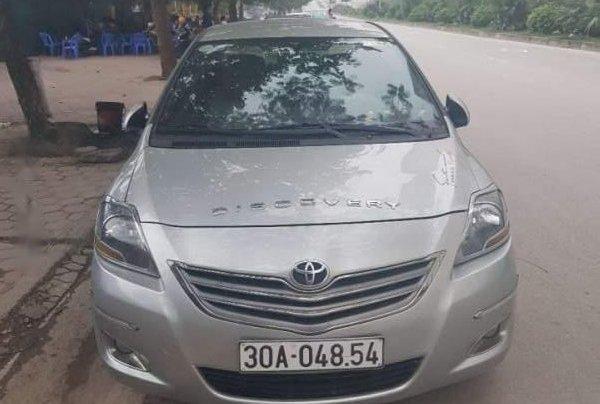Bán Toyota Vios đời 2013, màu bạc0