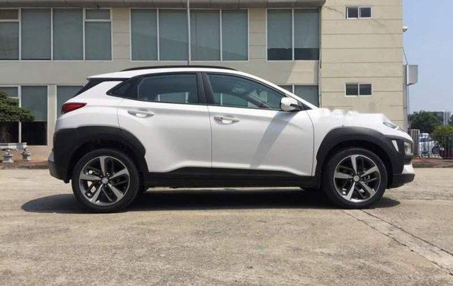 Bán gấp chiếc Hyundai Kona 2.0AT ưu đãi giá khủng, hỗ trợ trả góp, giao nhanh5