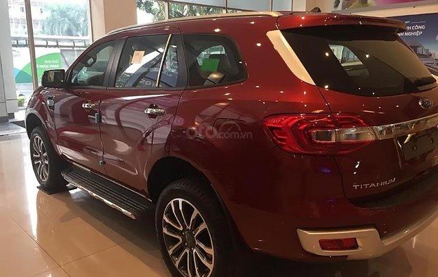 Bán Ford Everest sản xuất 2019, màu đỏ, nhập khẩu1