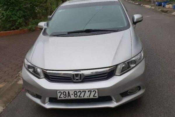 Cần bán gấp Honda Civic 2013, màu bạc