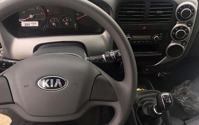 Bán ô tô Kia Frontier K250 đời 2019, màu xanh lam4
