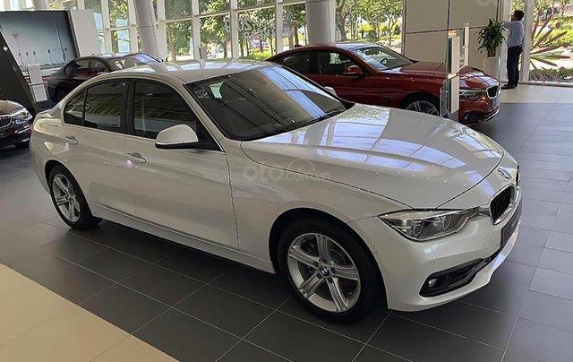 Bán BMW 320i đời 2019 sản xuất & nhập khẩu nguyên chiếc từ Đức2