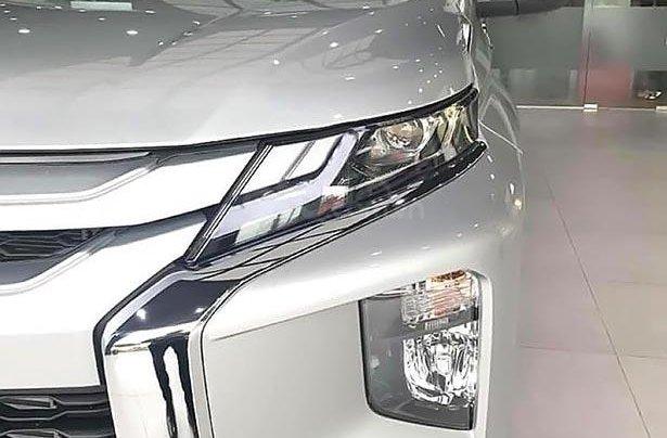 Bán Mitsubishi Triton 4x4 AT Mivec 2019, màu bạc, nhập khẩu Thái3