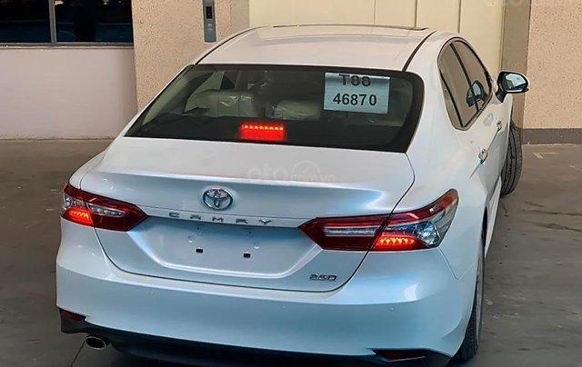 Bán Camry hoàn toàn mới, nhập khẩu nguyên chiếc Thái Lan 20191
