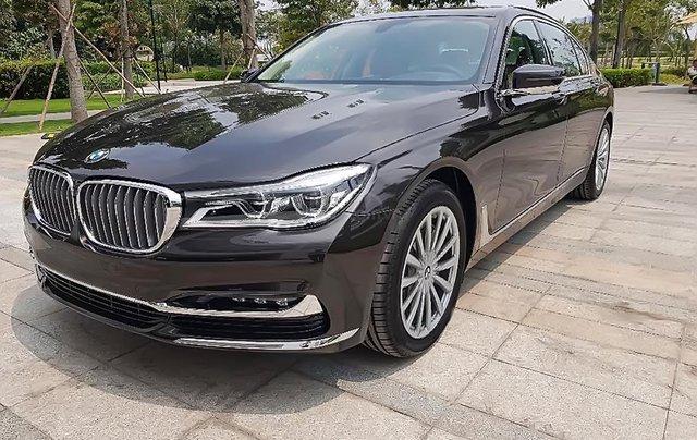 Bán BMW 740Li sản xuất năm 2019, màu nâu, nhập khẩu0