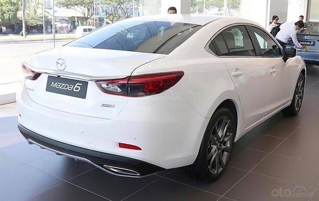 Cần bán xe Mazda 6 năm sản xuất 2019, màu trắng1