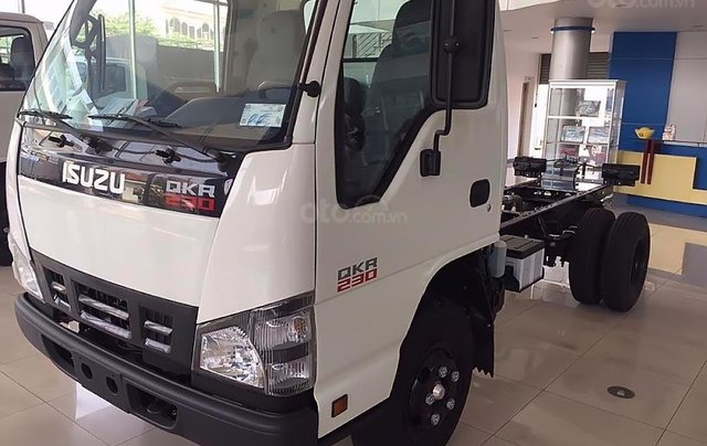 Bán ô tô Isuzu QKR 230 sản xuất năm 2019, màu trắng, mới 100%0