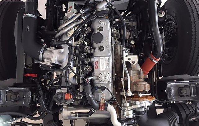 Bán ô tô Isuzu QKR 230 sản xuất năm 2019, màu trắng, mới 100%3