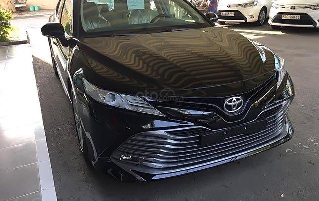 Bán Toyota Camry 2.5Q 2019 nhập khẩu nguyên chiếc Thái Lan, bản Sedan màu đen, nội thất màu kem3
