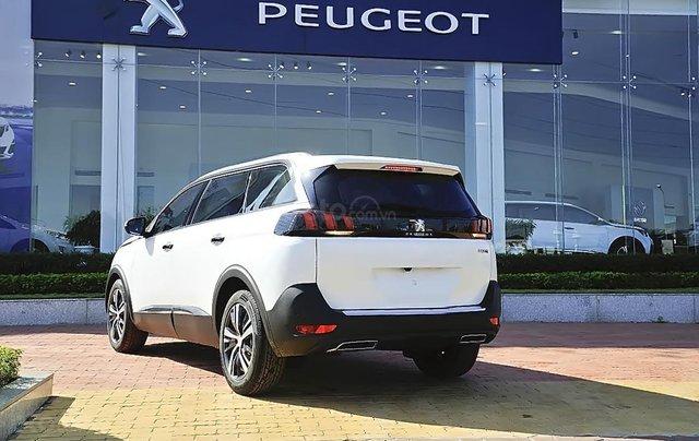 Bán ô tô Peugeot 5008 1.6 AT 2019, màu trắng, mới 100%1