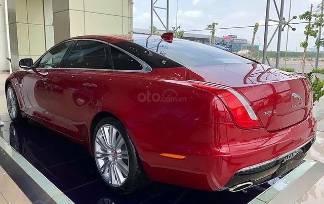 Bán ô tô Jaguar XJL 3.0 Portfolio năm 2019, màu đỏ, nhập khẩu, mới 100%1