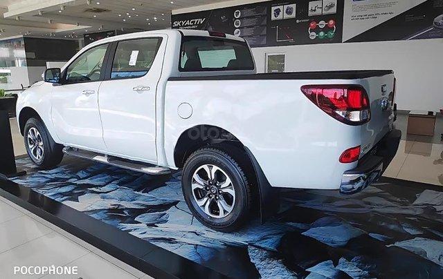 Cần bán Mazda BT 50 2.2L 4x2 ATH sản xuất 2018, màu trắng, nhập khẩu Thái Lan1