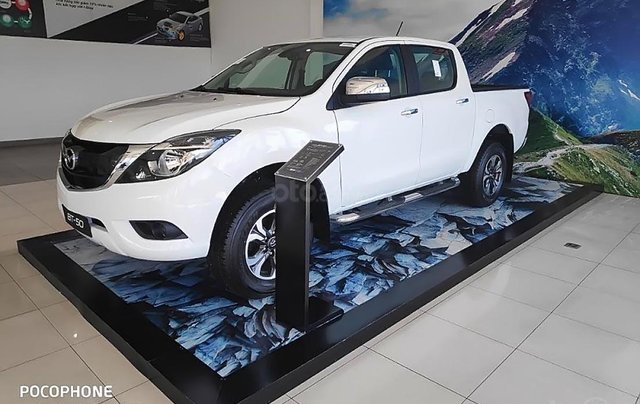 Cần bán Mazda BT 50 2.2L 4x2 ATH sản xuất 2018, màu trắng, nhập khẩu Thái Lan0