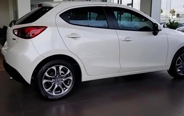 Cần bán xe Mazda 2 Premium SE sản xuất năm 2019, màu trắng, xe nhập Thái1