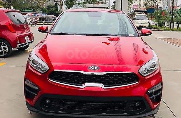 Bán ô tô Kia Cerato 1.6 MT 2019, màu đỏ giá cạnh tranh0