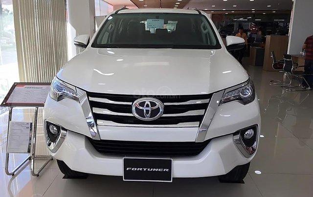 Bán Toyota Fortuner V sản xuất 2019, màu trắng, nhập khẩu0