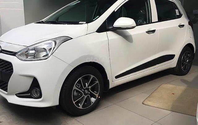 Bán ô tô Hyundai Grand i10 1.2 MT năm sản xuất 2019, màu trắng, thế hệ mới0
