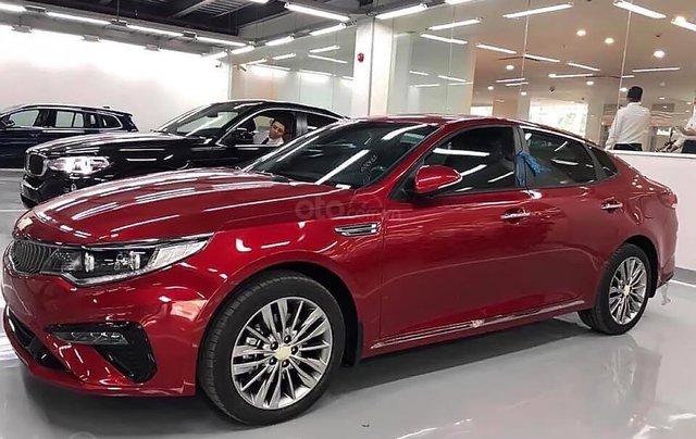 Bán Kia Optima 2.0 AT 2019 màu đỏ, số tự động0