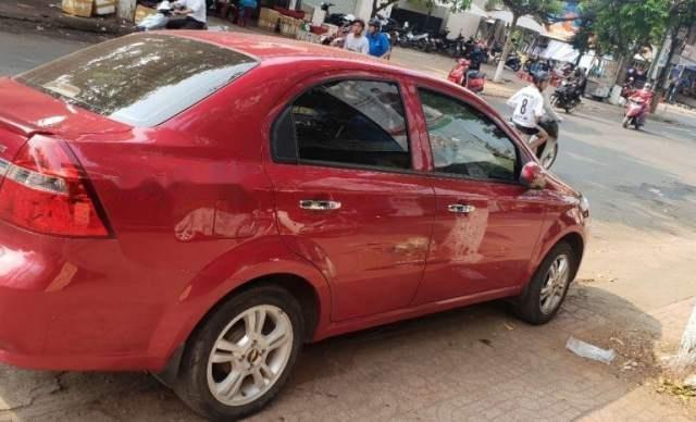 Gia đình bán Chevrolet Aveo đời 2015, màu đỏ, nhập khẩu2