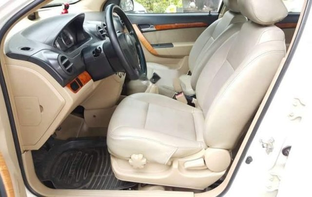 Cần bán xe Daewoo Gentra đời 2009, nhập khẩu2