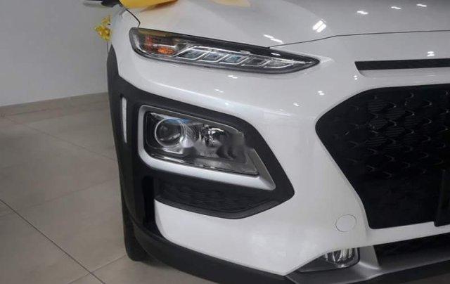 Bán xe Hyundai Kona năm 2019, 680 triệu3