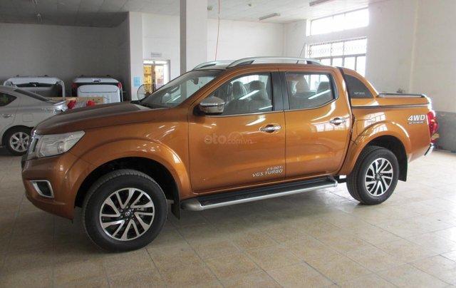 Bán ô tô Nissan Navara VL 2019, màu cam, nhập khẩu0