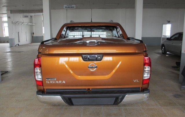 Bán ô tô Nissan Navara VL 2019, màu cam, nhập khẩu2