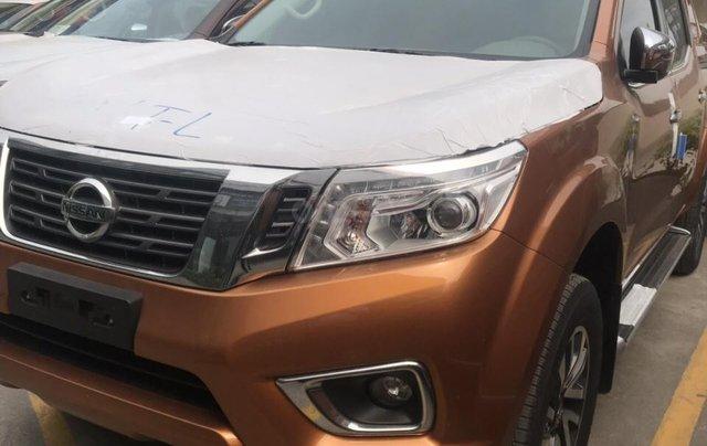 Bán ô tô Nissan Navara VL 2019, màu cam, nhập khẩu4
