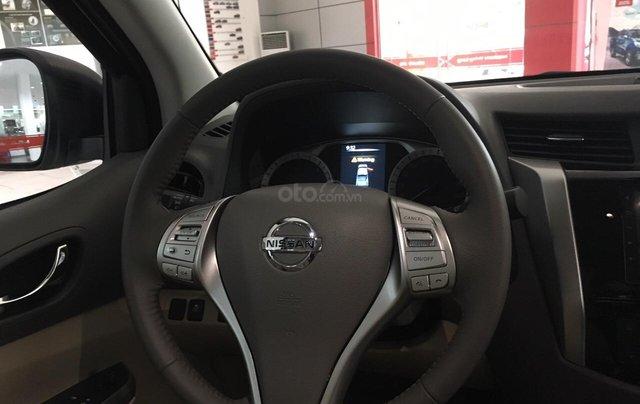 Bán ô tô Nissan Navara VL 2019, màu cam, nhập khẩu5