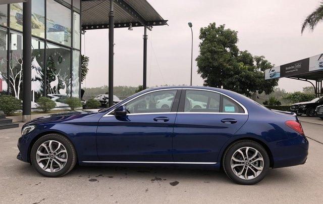 Cần bán Mercedes C200, màu xanh nội thất đen1